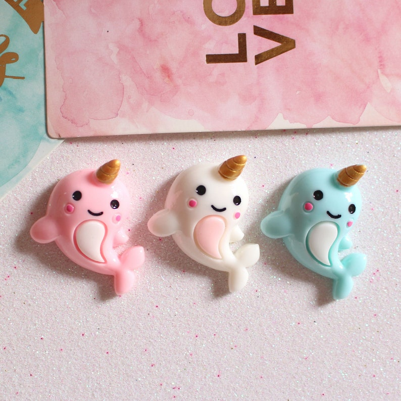 9 x Hello Kitty pink white Flatback Resin Embellishment Cabochons