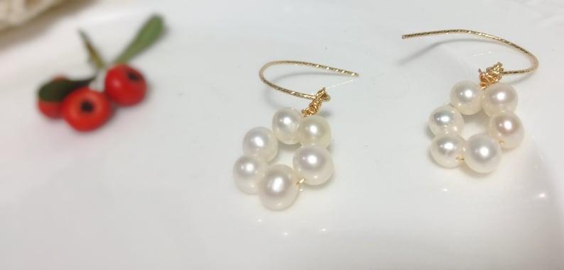 14K Gold filled pearl earring \uff0cnatural freshwater Pearl earring \uff0cwedding jewelry \uff0cwire wrap earrin \uff0celegant earring \uff0cdangle earring