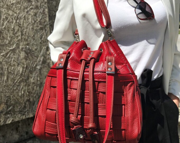 BUCKET BAG & BACKPACK (Cherry Pie)