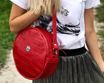 MOON BAG Medium (Lucky Red)