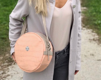 MOON BAG Medium (Nude Croc)