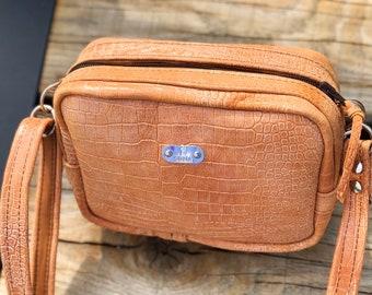 CLASSY BAG Petite (Apricot Croc)