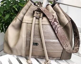 144 eur - 20 % ! BUCKET BAG Big (Cleopatra)