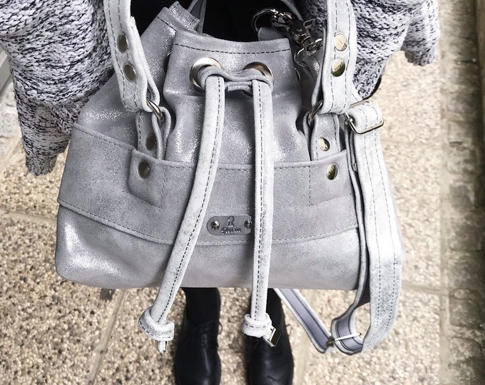 BUCKET BAG Petite (Silver)