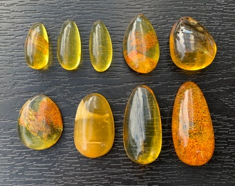 100/% Natural Baltic stone Premium quality 18.8gr Amber stone 4.81cm diameter Amber stone.