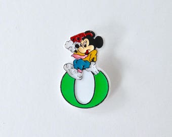 Vintage Disney plastic Mickey mouse letter O badge. Name beginning with o gifts. Retro Disney jewellery name letter alphabet badges.