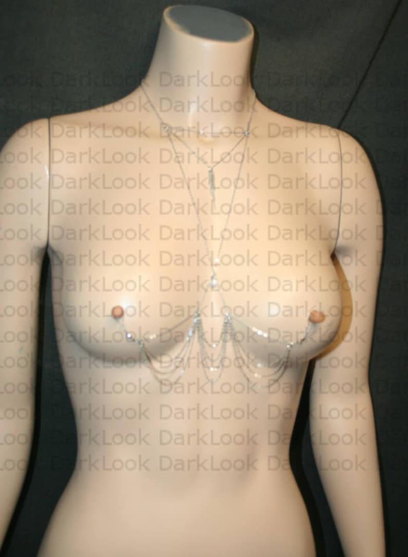freshwater pearl also available in hypoallergenic chain on demand fake Nipples piercing