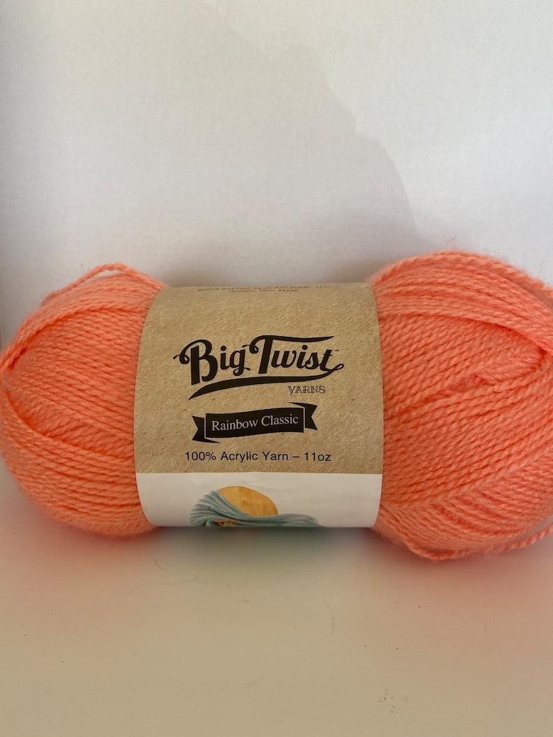 blanket yarn sweater yarn soft yarn winter yarn peachy yarn socks yarn scarfs yarn warm yarn 615yds Big Twist 100/% acrylic yarn 11oz
