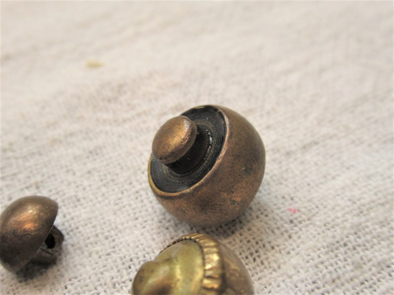 brass and brass toned 6 buttond Round and high dome vintage metal buttons round