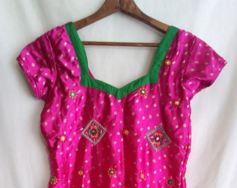 Vintage Fuschia/Magenta/Pink Silk Shift, Indian, Bandhani-style print, Mirrored, Embroidered, Gold, Ornate