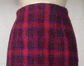 Vintage plaid Fuschia/Red/Turquoise/Black Sweater skirt, lined