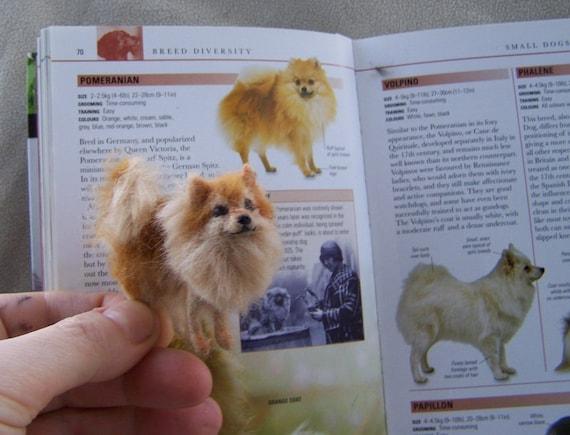 Dolls House White Spitz Lying Down Miniature Pet Dog 1:12 Scale
