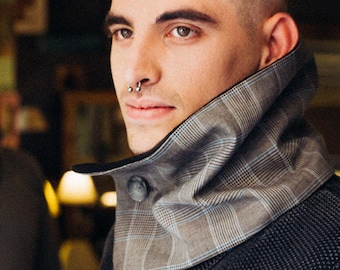 cowl for men, men scarf, infinity scarf, chunky scarf, men neck warmer, men gift, fleece scarf, grey scarf, accessory men, one button