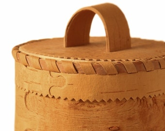 Cereal box from natural birch bark