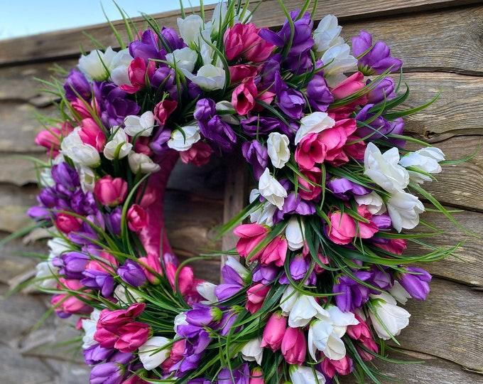 Large Spring Tulip Wreath