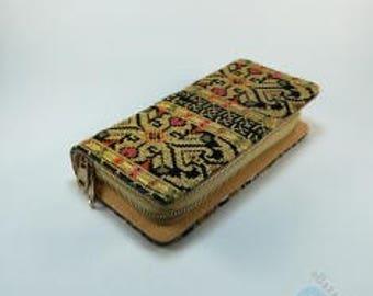 Handmade Wallet - Black & Gold