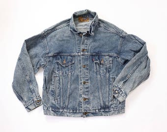 Rote jacke jeans