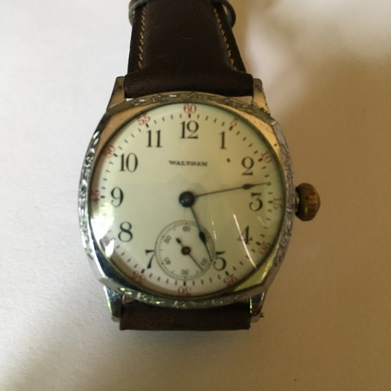 1900's Waltham Art Deco mens wrist watch