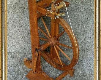 Antique Spinning Wheel | Germany 1920s | Spinnrad | Spinner | Wood | Bobbin | Single Treadle | Arcolaio Rouet Rueca