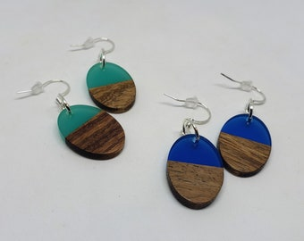 Oval Resin and Wood Earrings