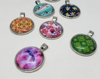 Jewelry Supplies: Pre-made Cabochon Pendants