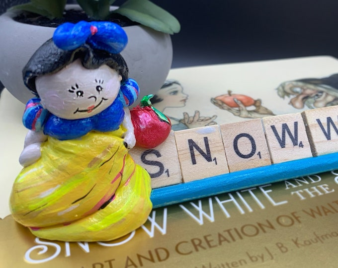 Snow White Scrabble Gifts Sculpture Art Shelf Decor Office Desk Accessories Stone Sculpture OOAK People Sculptures Desk Small Sculpture Gift