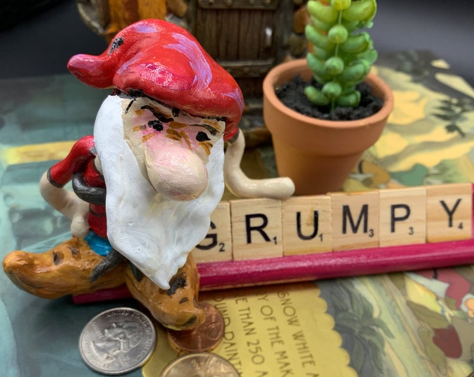 Grumpy Snow White Scrabble Gifts Sculpture Art Shelf Decor Office Desk Accessories OOAK People Sculptures Desk Small Sculpture Gift