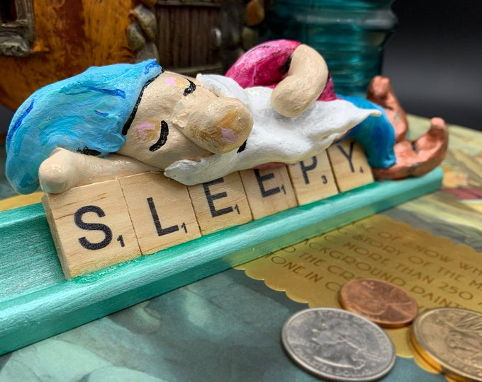 Sleepy Snow White Scrabble Gifts Sculpture Art Shelf Decor Office Desk Accessories OOAK People Sculptures Desk Small Sculpture Gift