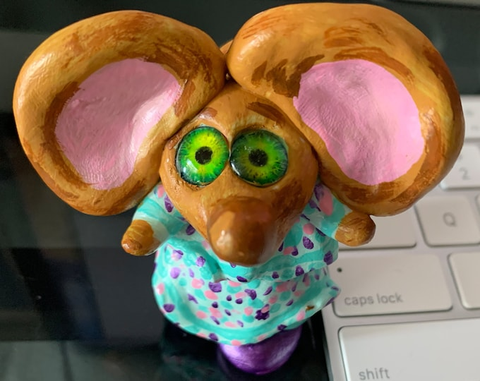 Matilda Mouse Desk Sculpture Pet