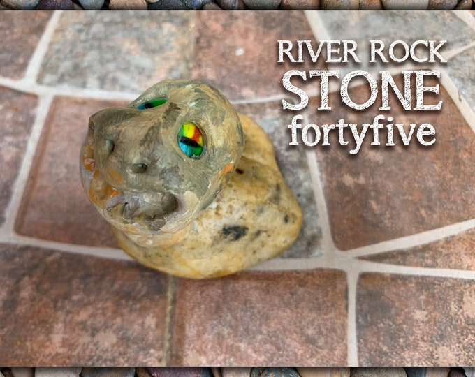 River Rock Stoned People 45 Desk Pal