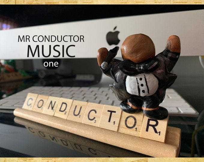 Music Conductor One Desk Pal
