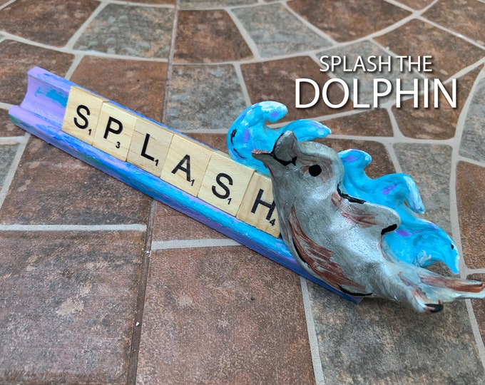 SPLASH Dolphin Scrabble Desk Pal