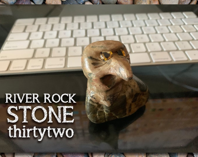 River Rock Stoned People 32 Desk Pal