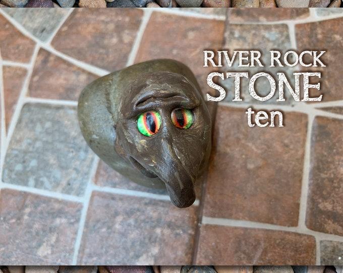 Stoned People Ten Desk Pal