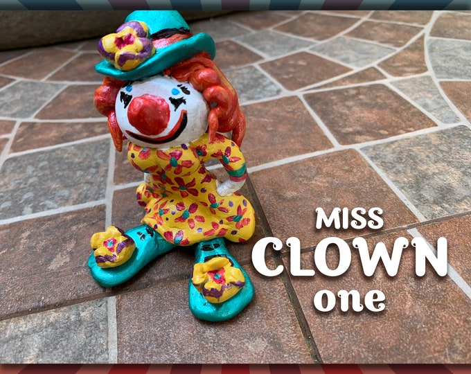 Lil' Circus MISS Clown one Pal