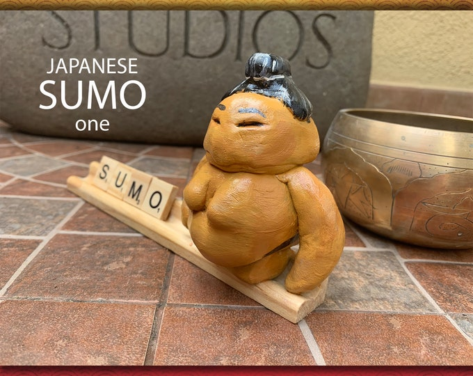ART of Sumo one Desk Pal