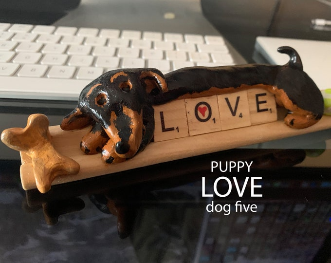 Puppy Love Five Desk Pal