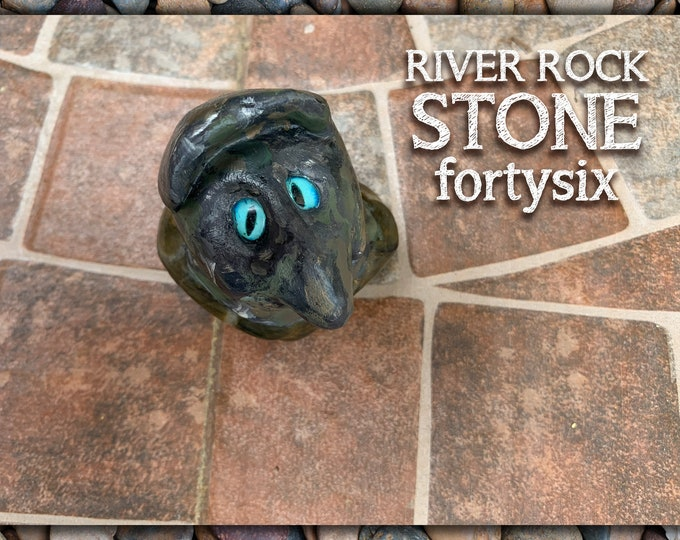 River Rock Stoned People 46 Desk Pal