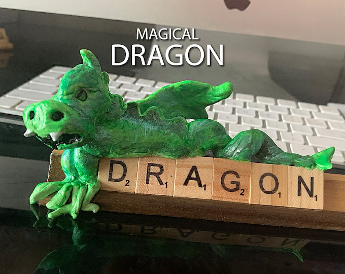 DRAGON Scrabble Desk Pal