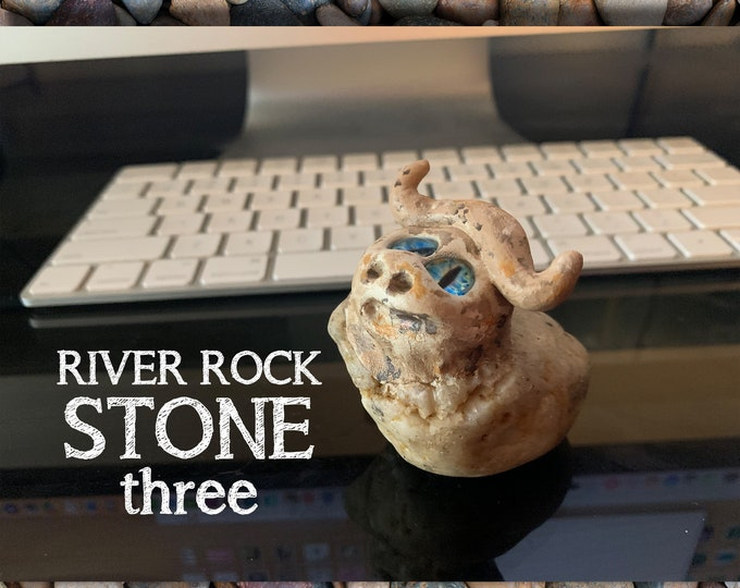 Stoned People Three Desk Pal