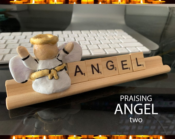Praising Angel Two Desk Pal