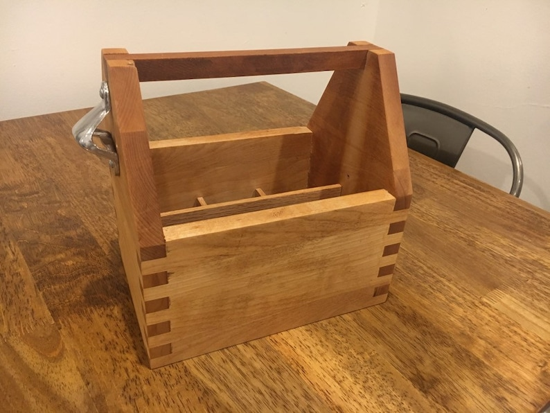 Wooden Box-Joint 6 Pack Beer Caddy Holder