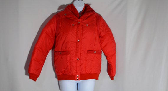 Vintage 1980s Red Puffer Jacket with Corduroy Acce