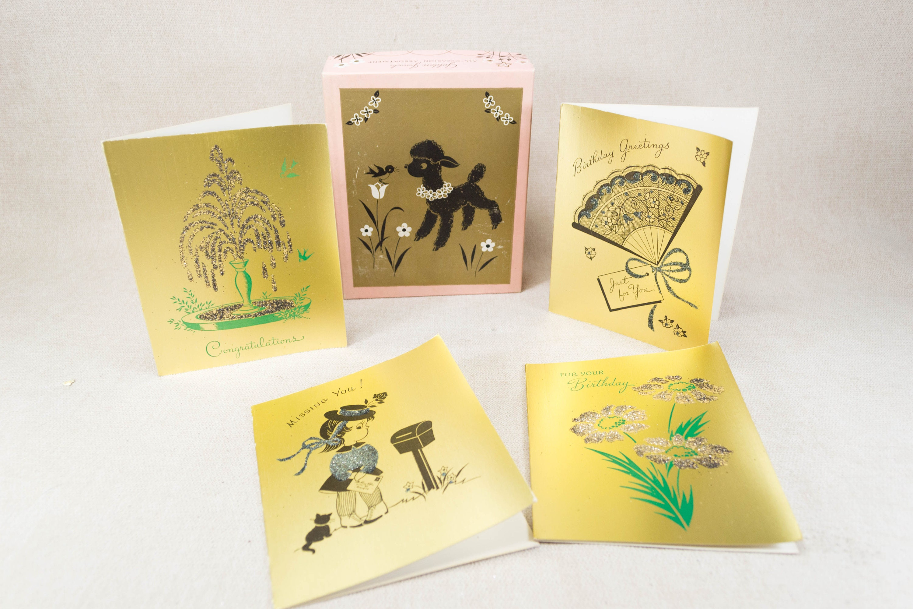 Vintage Unused Greeting Cards In Box Gold With Glitter Accents