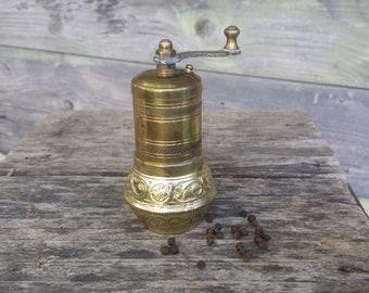 Vintage pepper grinder, Turkish pepper mill, Salt and pepper, Pepper mill, Brass grinder, Spice grinder, Mechanical mill, Black pepper mill.