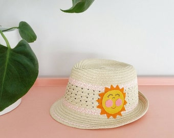 Kids trilby sun hat with smiley sunshine