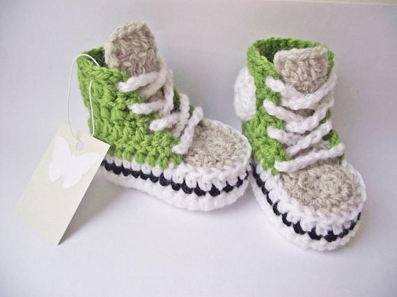 Häkeln Sie Baby Turnschuhe, grüne Gehäkelte Baby Sneakers, häkeln Baby Converse, Baby Dusche, Baby Schuhe, Baby Turnschuhe