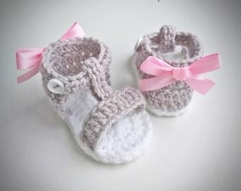 Crochet Baby Girl Sandals, Crochet Baby Shoes, Baby girl sandals, saummer shoes, pink bow, babyshower, birthday, newborn gift