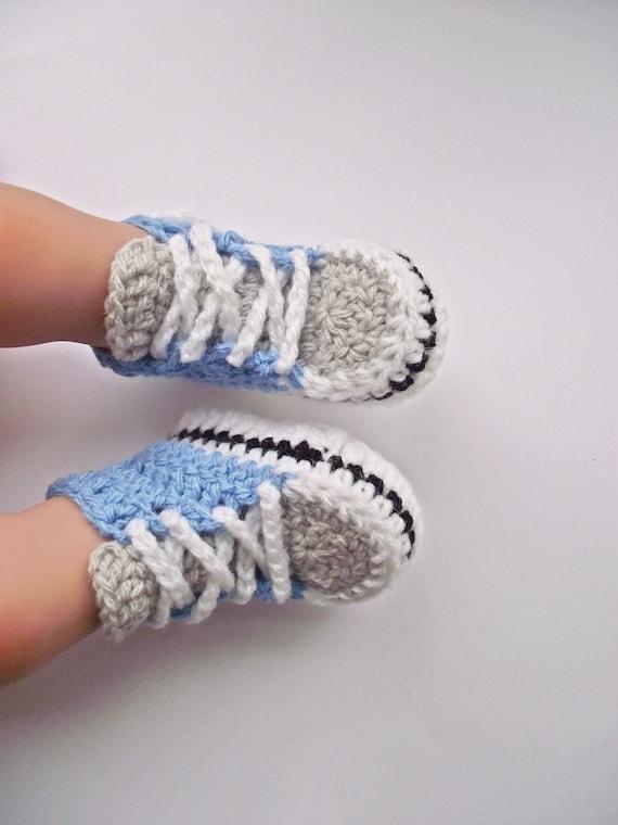 Häkeln Baby Turnschuhe, häkeln Baby junge Booties, häkeln Converse Sneakers, blaue Baby Turnschuhe, Baby Sneakers, Converse, Baby junge Schuhe