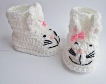 Crochet baby booties, bunny baby booties, crochet animal booties, baby girl booties, baby girl gift, baby shower gift, newborn booties